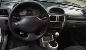 2001  Hatchback Renault Clio full