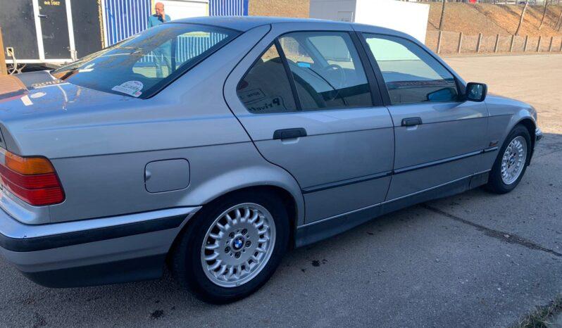 1995  Sedan BMW 320i full