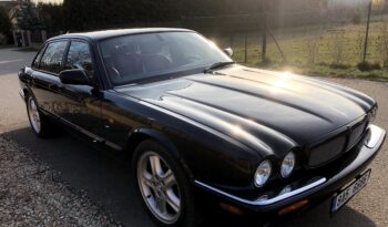 2001  Limuzína Jaguar XJR full