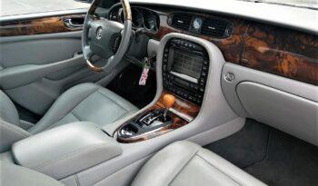 2003  Limuzína Jaguar XJ8 full